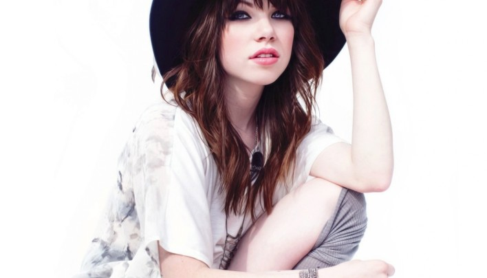 15 Pictures – Carly Rae Jepsen