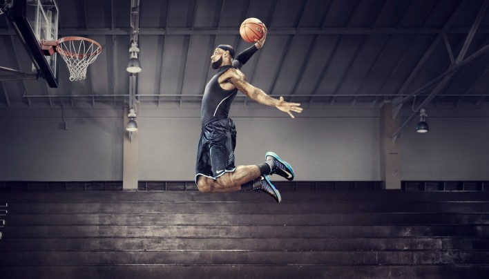 15 Pictures – LeBron James